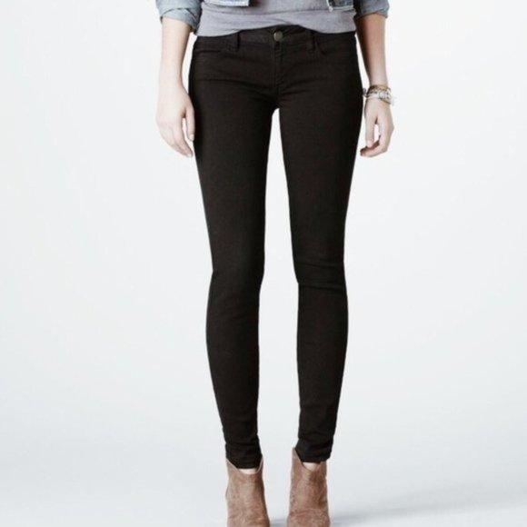 American Eagle Black Super Stretch Skinny Jeans
